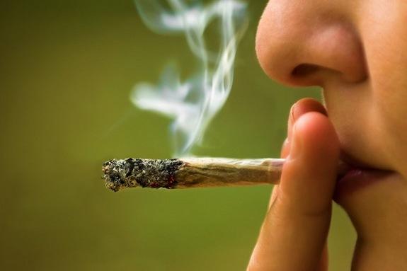 marijuana smoking gender bender - mashupcorner